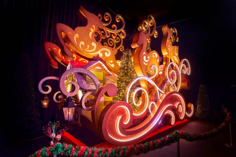 universal orlando resort christmas
