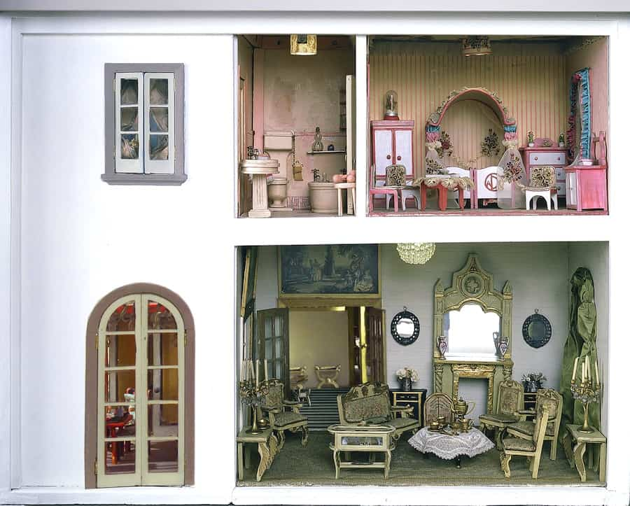 Carrie Stettheimer (1869 - 1944) Stettheimer Dollhouse Museum of the City of New York. Gift of Miss Ettie Stettheimer, 1945, 45.125.1. Photograph copyright the Museum of the City of New York