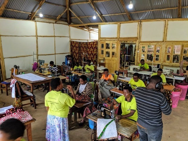 womens-coop-uganda-mask-production-event network-conservation