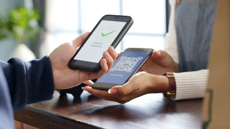 Contactless-technology-payment.