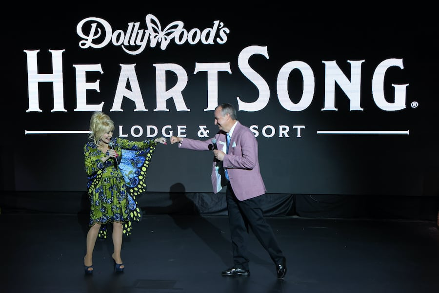 Dollywoods-HeartSong-lodge-and-resort-announcement