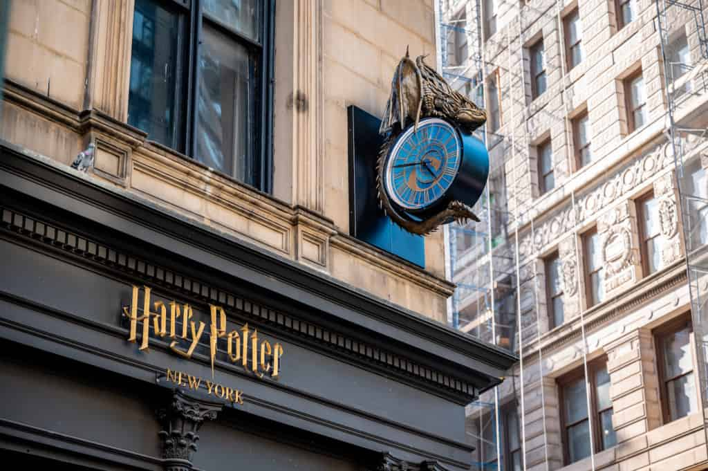 exterior of harry potter store new york