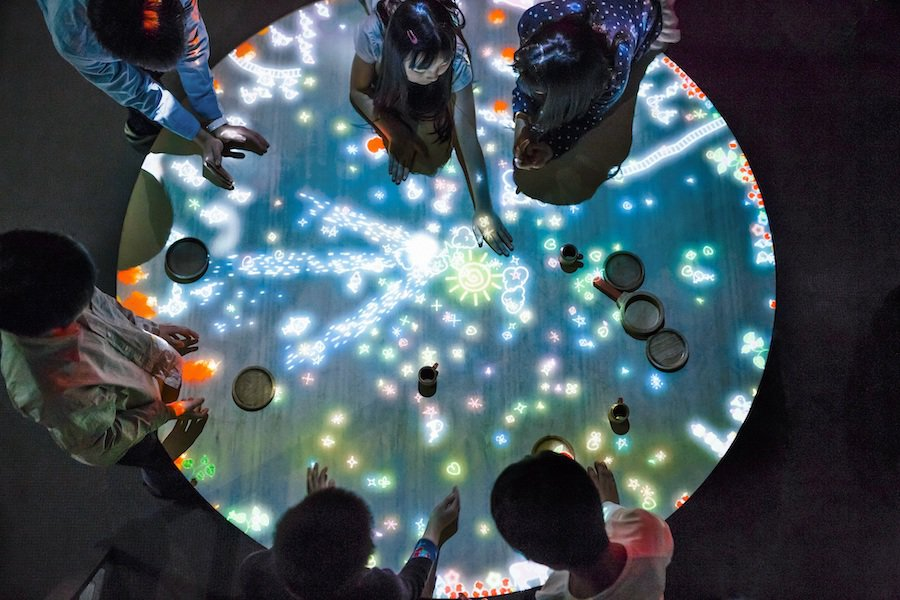 A Table where Little People Live teamLab