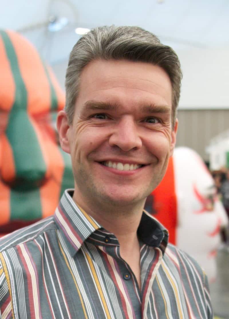 Domingo Vergoossen - VP, Global Business Development, Water Rides Division