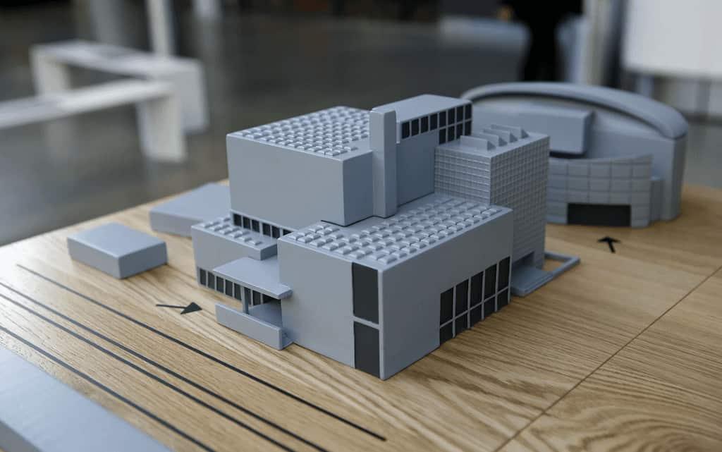 van gogh museum scale model