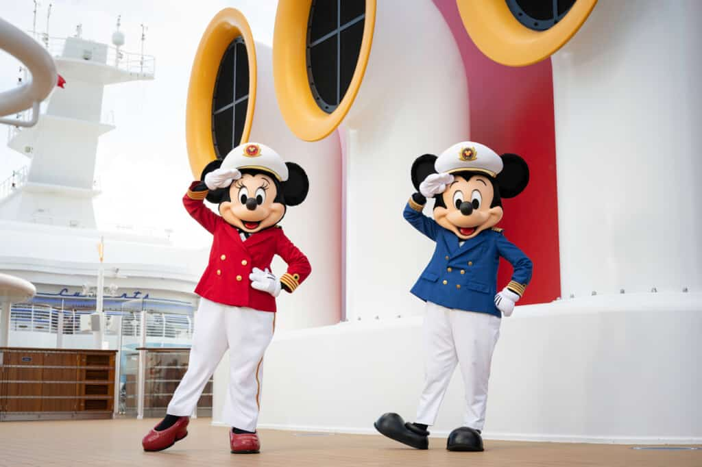 disney wish mickey and minnie mouse